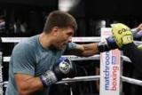 Дерев'янченко провів відкрите тренування перед боєм з Джейкобсом