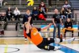 Волейболіст не зумів врятувати команду і побіг святкувати з суперниками