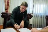 «Динамо» продовжило контракт з ще одним півзахисником