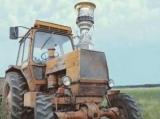 Кубок Гагаріна прокотили в селі на тракторі